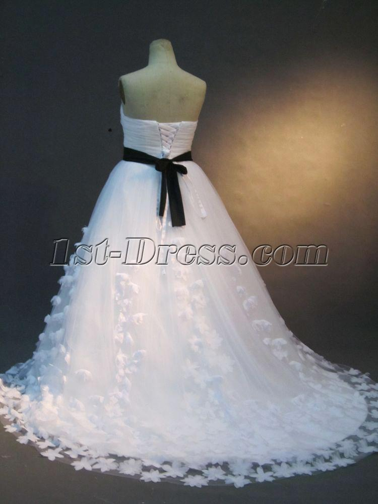 White and Black Plus Size Bridal Gown IMG_2317