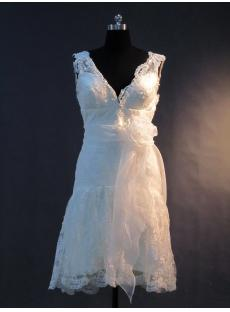 Beautiful V-neckline Lace Short Bridal Gowns IMG_3375