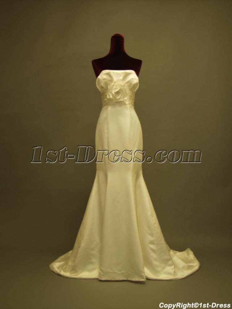 images/201302/big/2012-Elaborate-Sheath-Simple-Bridal-Gown-for-Slim-Lady-229-421-b-1-1361961029.jpg