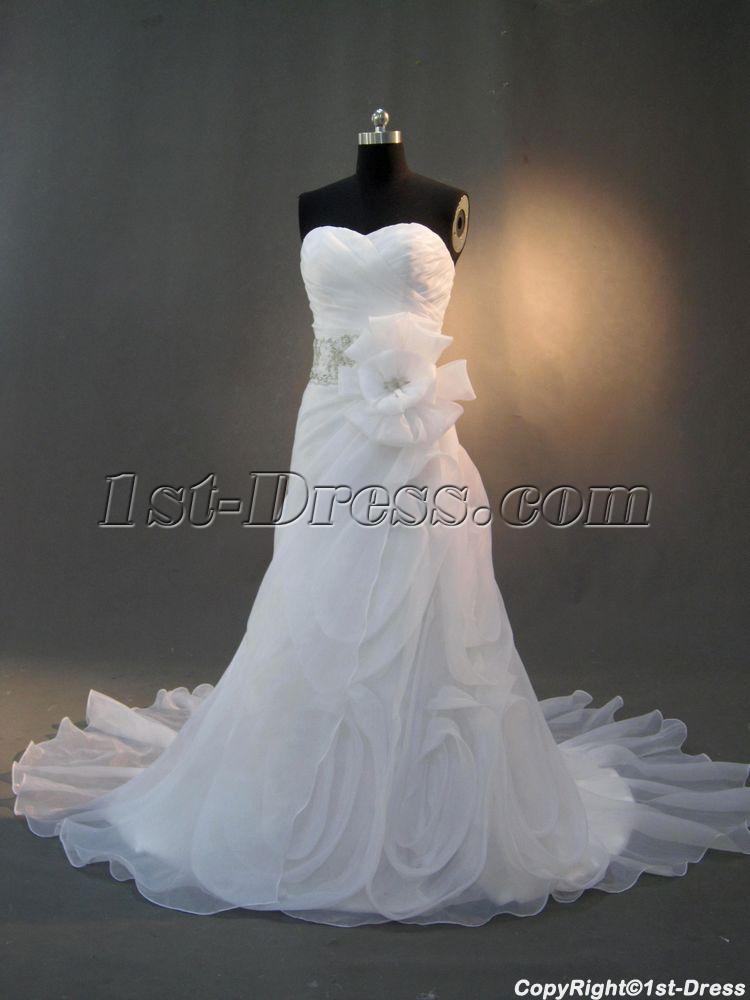 images/201302/big/Beautiful-Wedding-Dress-with-Flower-Skirt-IMG_2937-247-b-1-1359807050.jpg