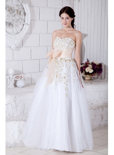 images/201303/small/Sweetheart-Floor-Length-2011-White-Quinceanera-Dress-with-Gold-Embroidery-IMG_7681-799-s-1-1363937752.jpg