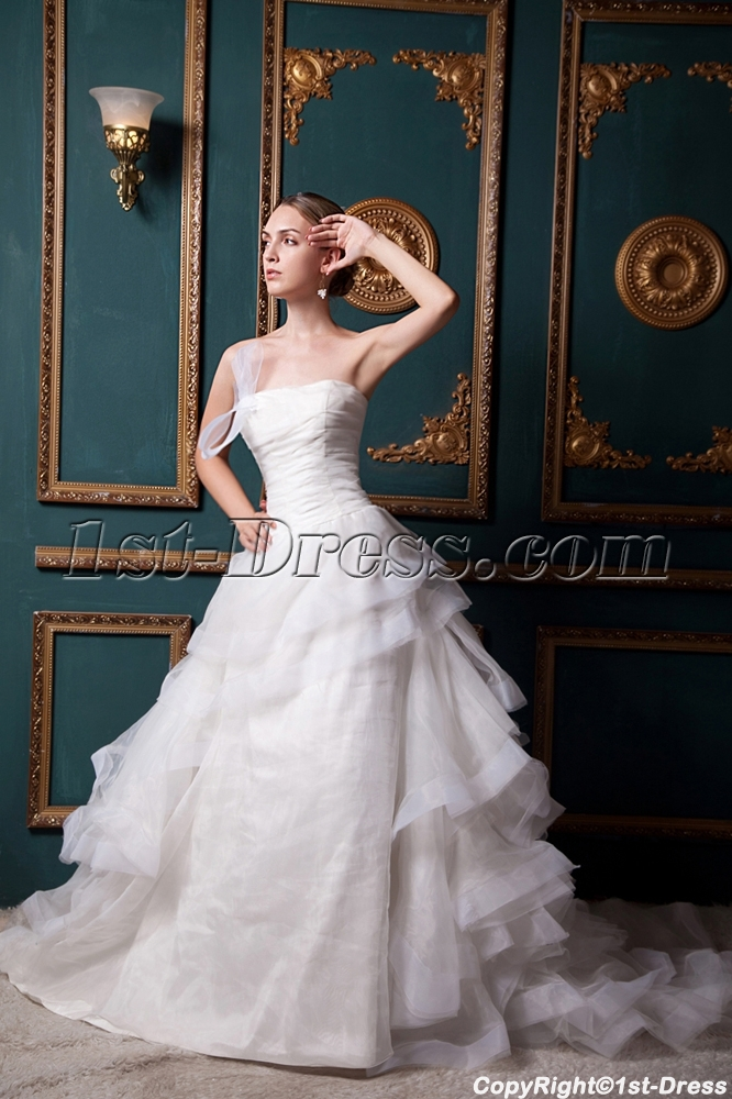 images/201303/big/Strapless-2013-Stylish-Elegant-Ruffle-Wedding-Dress-IMG_1520-666-b-1-1363092536.jpg
