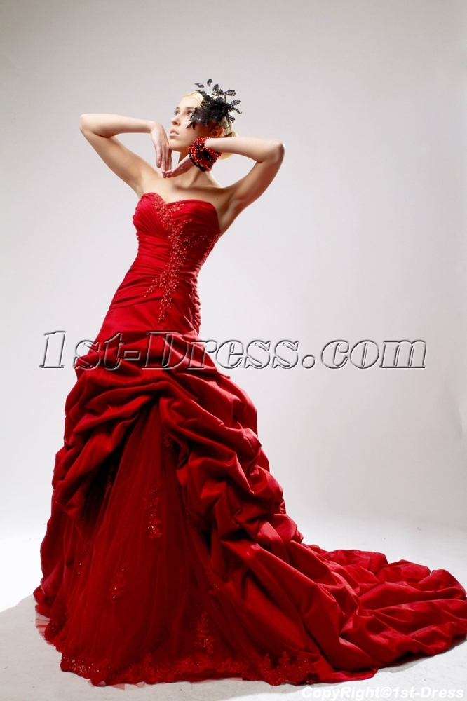 images/201303/big/Sweetheart-Red-Princess-Bridal-Gown-with-Chapel-Train-SOV110040-902-b-1-1364746135.jpg