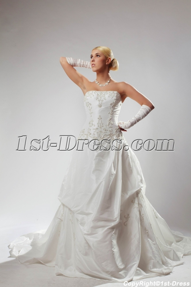 images/201303/big/White-Cheap-Plus-Size-Wedding-Gowns-Strapless-with-Embroidery-SOV110030-892-b-1-1364557433.jpg