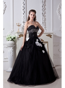 Black And White Pretty Quinceanera Dress 2013 With Flower