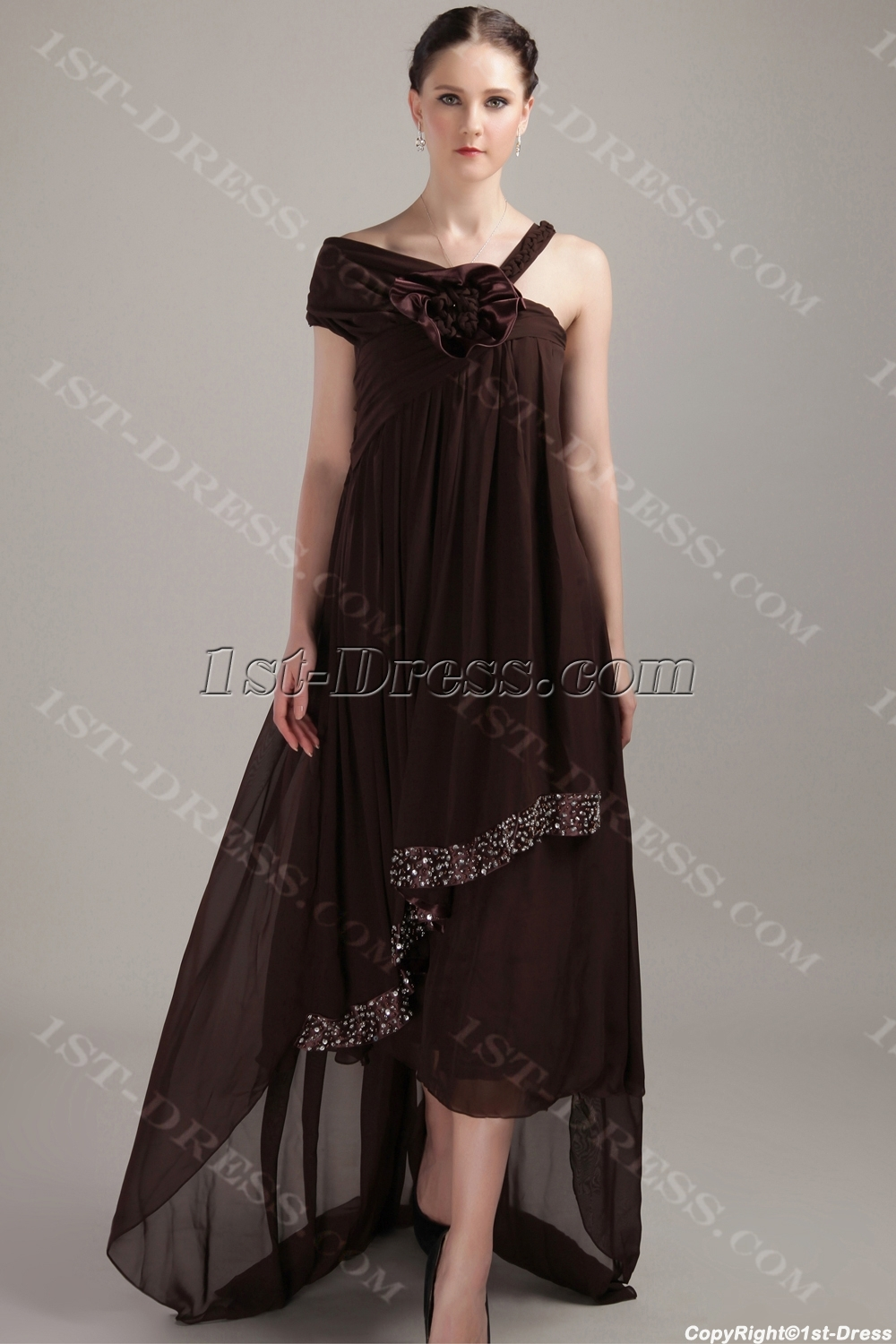 images/201304/big/Brown-Asymmetrical-High-low-Plus-Size-Pregnancy-Prom-Dresses-IMG_3310-1066-b-1-1366197314.jpg