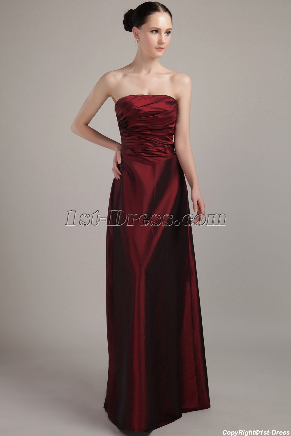 images/201304/big/Strapless-Long-Burgundy-Inexpensive-Bridesmaid-Gowns-under-$100-IMG_3053-1078-b-1-1366272784.jpg