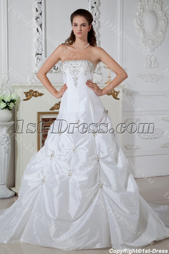 images/201304/big/Strapless-White-Princess-Bridal-Gown-with-Train-IMG_1492-952-b-1-1364991564.jpg