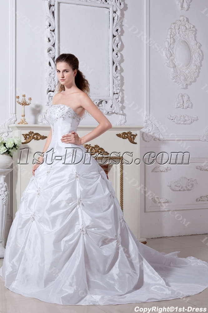 images/201304/big/White-Strapless-Luxurious-Princess-Bridal-Gown-with-Train-IMG_2152-1024-b-1-1365769948.jpg