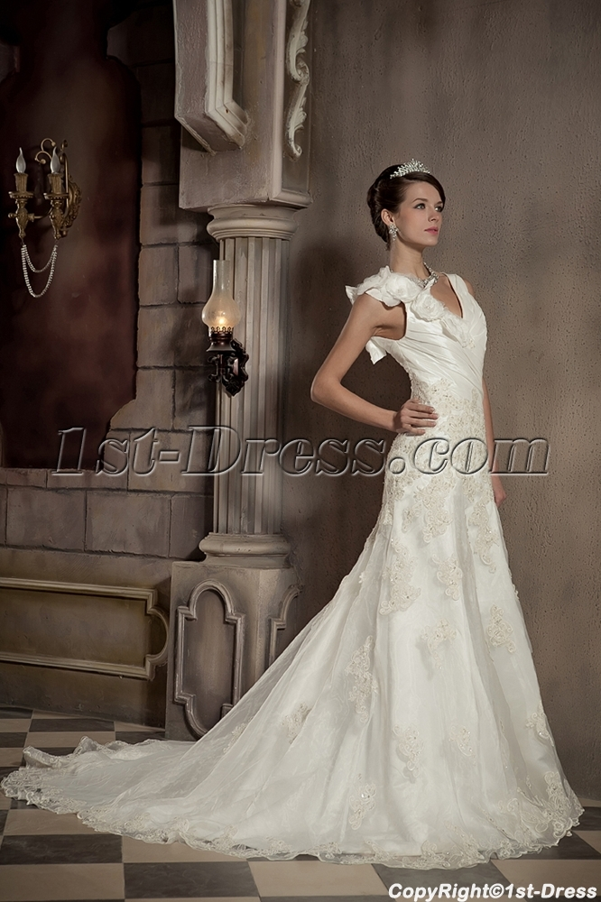 Cheap Floral Long Beautiful Bridal Gown with V-neckline