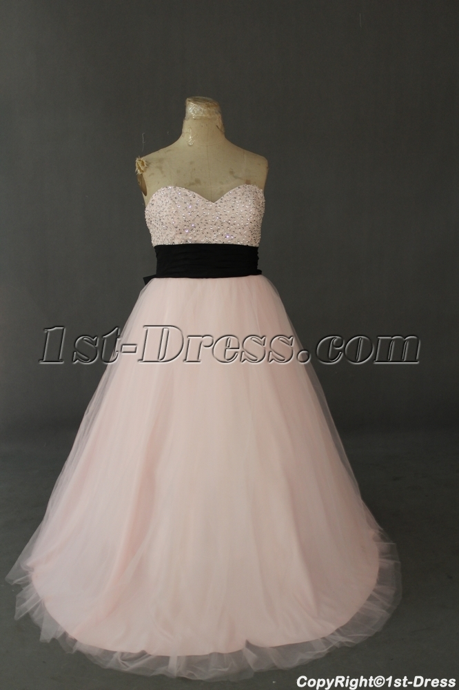 images/201305/big/Pink-And-Black-Taffeta-Plus-Size-Quinceanera-Dress-IMG0372-1416-b-1-1369827110.jpg