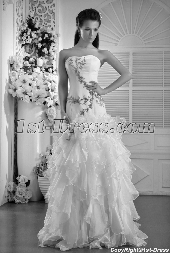 images/201305/big/White-with-Green-Embroidery-2011-Ruffled-Quinceanera-Dress-IMG_0004-1318-b-1-1369336878.jpg
