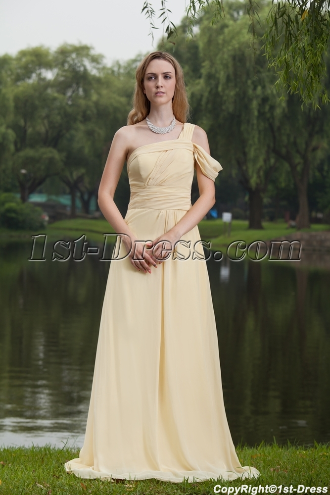 images/201305/big/Yellow-Long-One-Shoulder-Plus-Size-Prom-Gown-IMG_7768-1134-b-1-1367507905.jpg