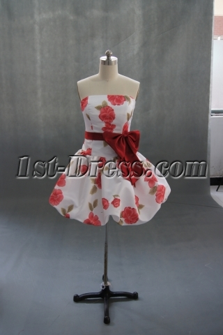 A-Line/Princess Strapless Knee-Length Satin Homecoming Dress With Ruffle 02755