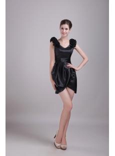 Black Cocktail Homecoming Dress with V-neckline 1347