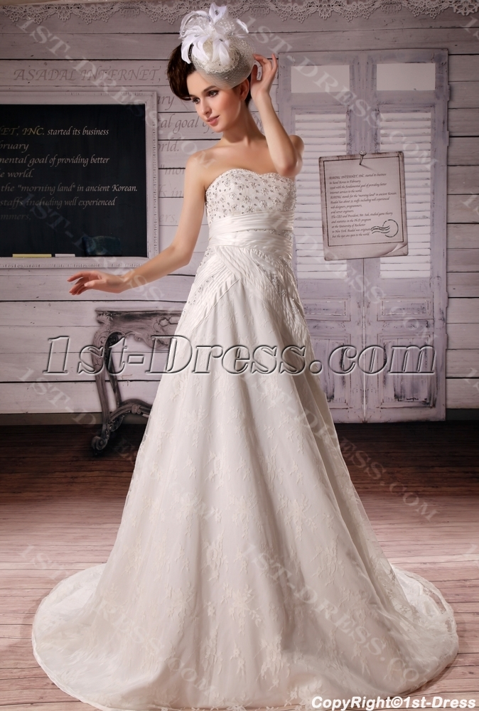 images/201306/big/A-Line-Strapless-Chapel-Train-Satin-Tulle-Wedding-Dress-With-Lace-Beadwork-2088-b-1-1372108294.jpg
