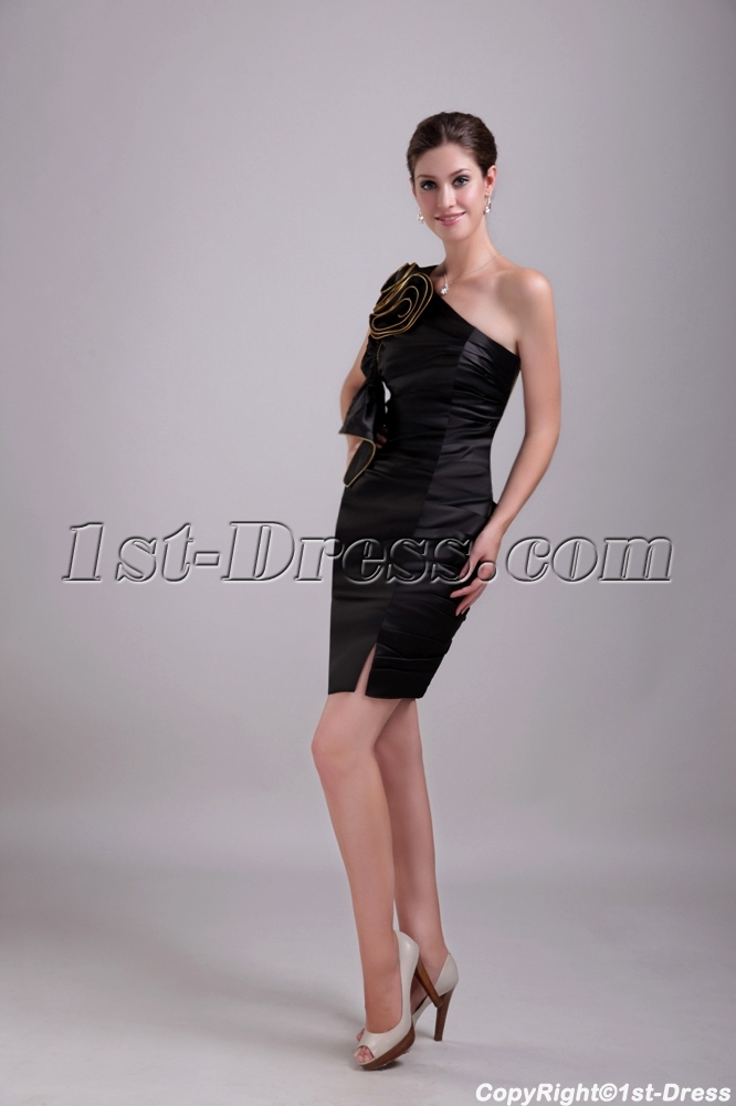 images/201306/big/Asymmetrical-Black-Satin-Celebrity-Dress-1341-1526-b-1-1370199400.jpg