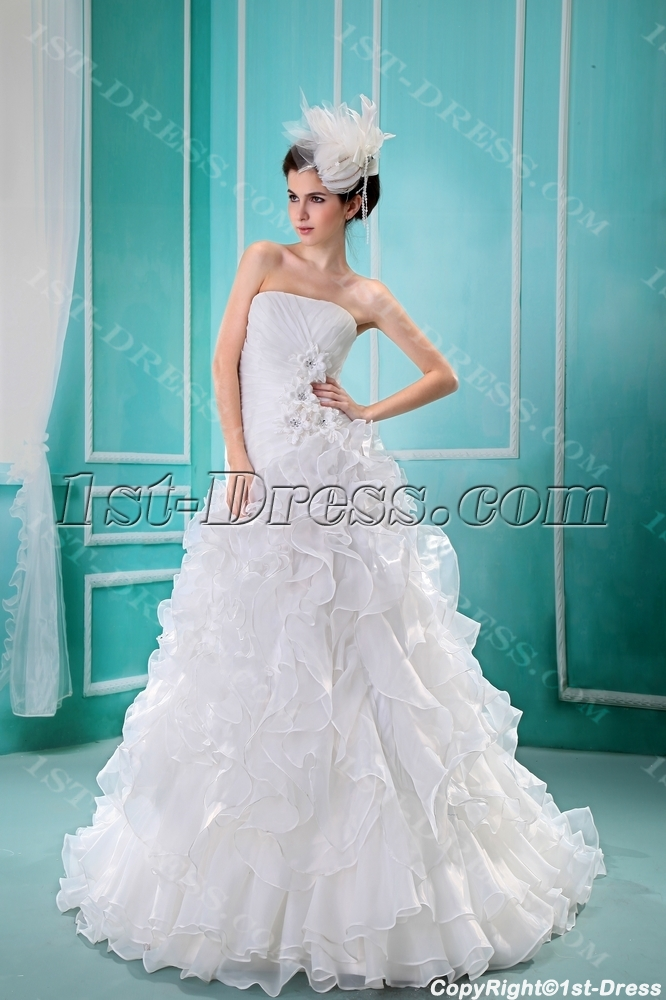 images/201306/big/Ball-Gown-Strapless-Chapel-Train-Satin-Organza-Wedding-Dress-F-121-1965-b-1-1371673923.jpg