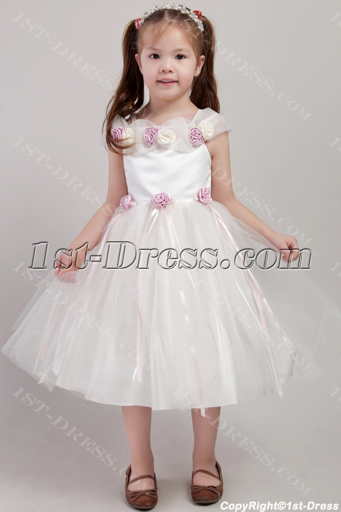 images/201306/big/Beautiful-Flower-Girl-Dress-with-Flowers-2427-1626-b-1-1370424167.jpg