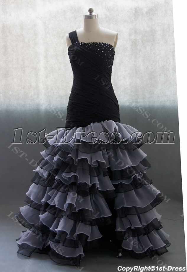 images/201306/big/Black-Sweetheart-Organza-Satin-Wedding-Dress-With-Ruffle-Beadwork-02702-1667-b-1-1370457540.jpg