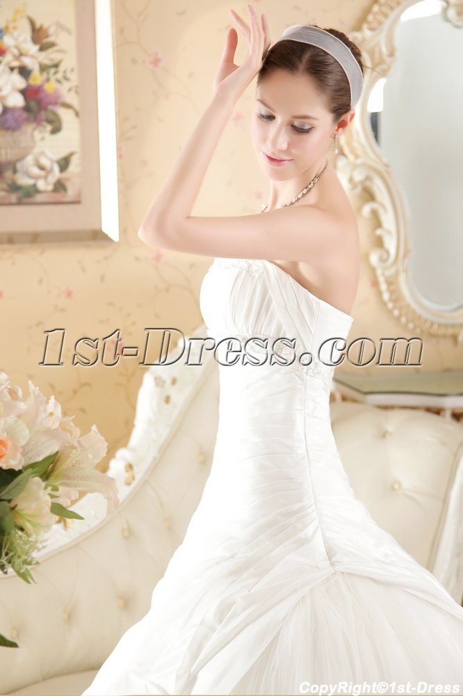 images/201306/big/Cheap-Sophisticated-Bridal-Gowns-with-Drop-Waist-1829-b-1-1370896532.jpg