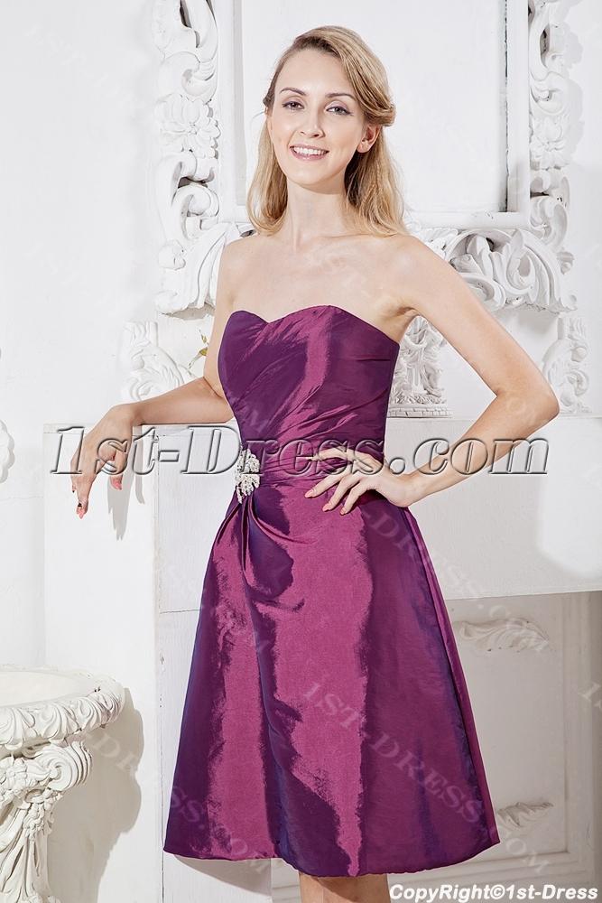 407e58cfbc998 Grape Cheap Graduation Dresses for Juniors