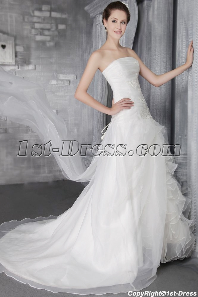 images/201306/big/Strapless-Romantic-2013-Bridal-Gown-for-Spring-2626-1683-b-1-1370463566.jpg