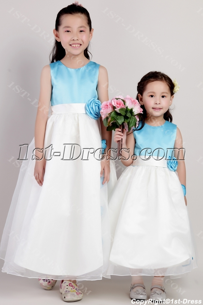 images/201306/big/Unique-Blue-and-Ivory-Tea-Length-Wedding-Flower-Girl-Dresses-2077-1559-b-1-1370270813.jpg