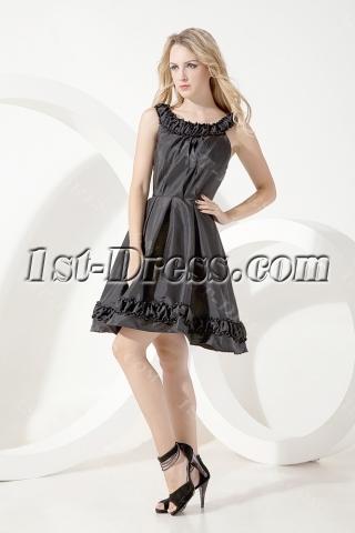 Scoop Modest Black Short Graduation Dress