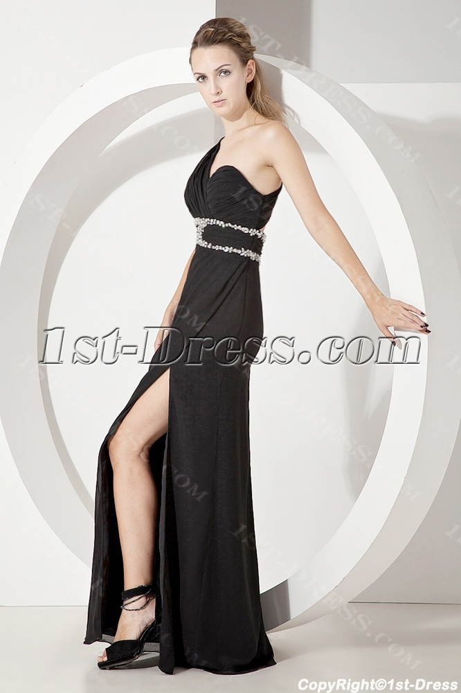 http://www.1st-dress.com/images/201307/source/Black-One-Shoulder-Sexy-Formal-Evening-Gown-2209-b-1-1372770501.jpg