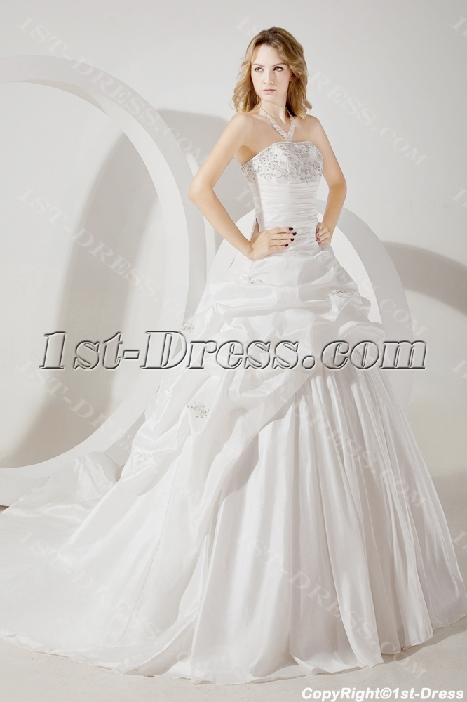 images/201307/big/Romantic-Strapless-Formal-Bridal-Gown-2013-2239-b-1-1372946192.jpg