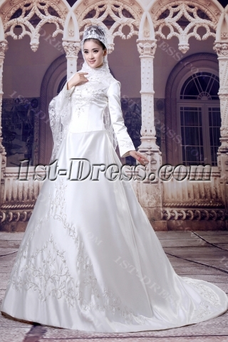 Long Sleeves Arab Wedding Dresses with High Neckline