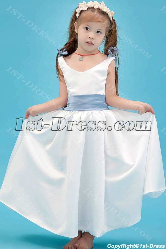 images/201308/big/Simple-Flower-Girl-Gown-with-Lavender-Sash-2582-b-1-1375803958.jpg