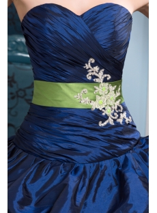 images/201309/small/Royal-Taffeta-Pretty-Quinceanera-Dress-with-Green-Band-2855-s-1-1378472700.jpg