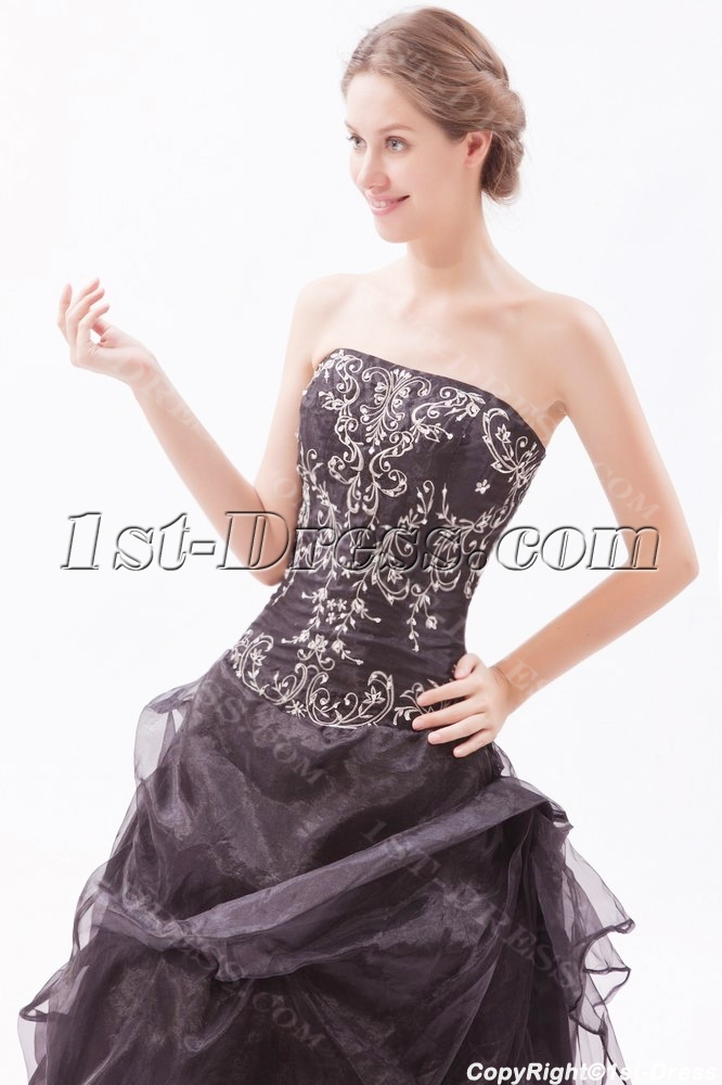 00913876ca0 Embroidery Black Strapless Quinceanera Dresses for Large Size 1st ...