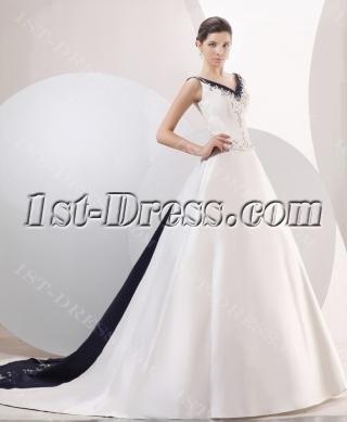 Exquisite Navy Blue Trim A-line Bridal Gowns