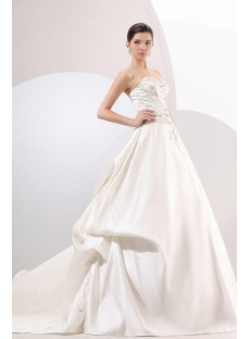Classical Sweetheart Long Satin Embroidery Bridal Gowns