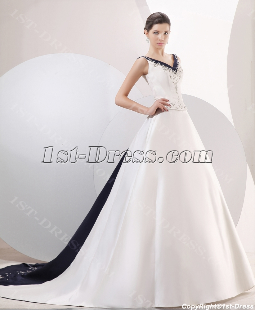 Exquisite Navy Blue Trim A Line Bridal Gowns Loading Zoom
