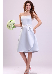 Chic Short Lavender Satin Bridesmaid Gown Online