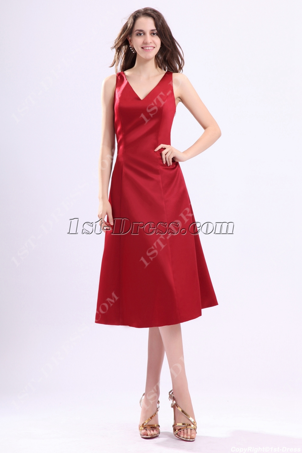 images/201311/big/Burgundy-V-neckline-Satin-Bridesmaid-Gown-under-100-3516-b-1-1384426111.jpg
