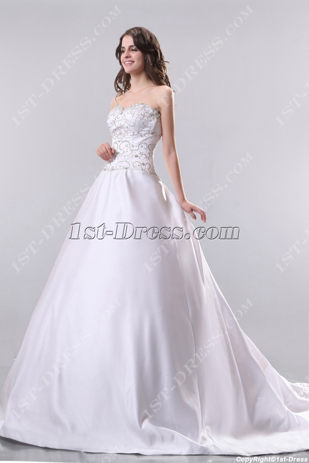 Ivory Embroidery Mature Bridal Gowns with Train in Fall:1st-dress.com