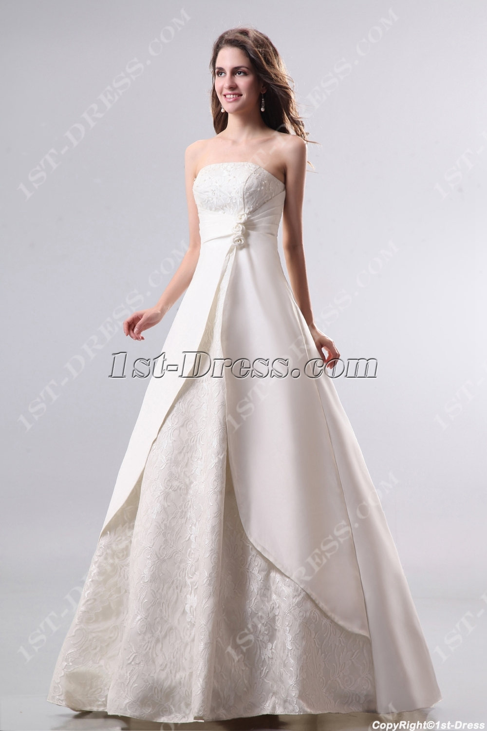 images/201311/big/Ivory-Strapless-Quinceanera-Dresses-Cheap-3497-b-1-1384266579.jpg