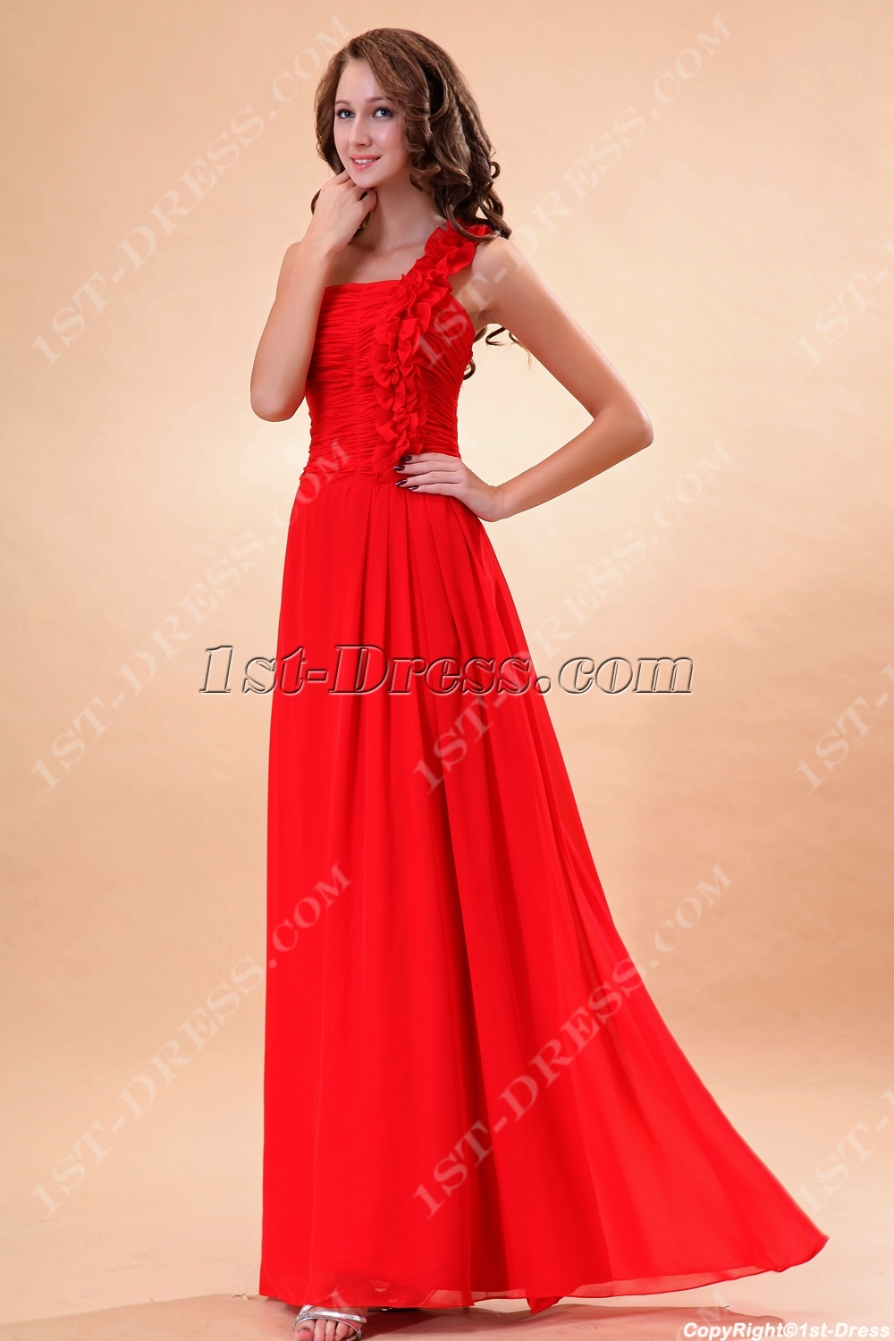 images/201311/big/Pretty-Ruched-Chiffon-2011-Prom-Dresses-with-One-Shoulder-3457-b-1-1383996453.jpg