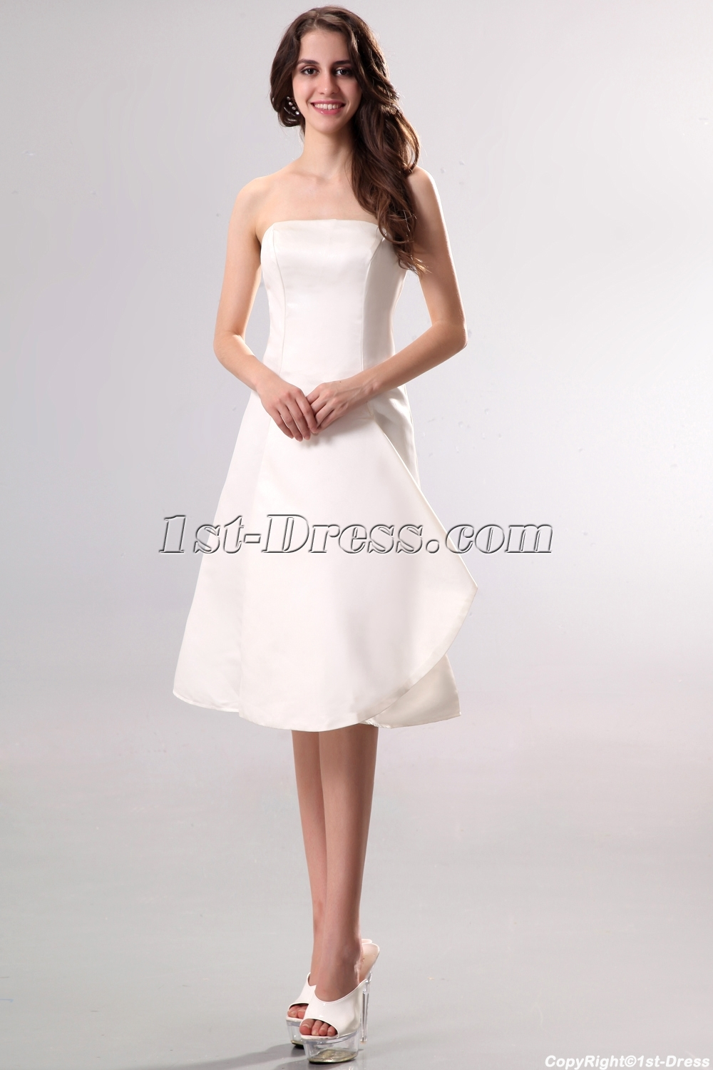 Strapless Simple Short Summer Wedding Dress Loading Zoom
