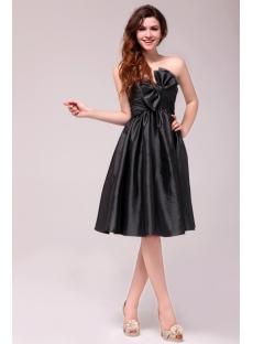 Dramatic Taffeta Knee Length Black Graduation Dress for for 8th Grade