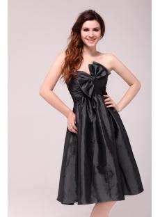 Dramatic Taffeta Knee Length Black Graduation Dress For