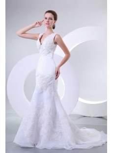 Gorgeous Trumpet Wedding Dress with V-back