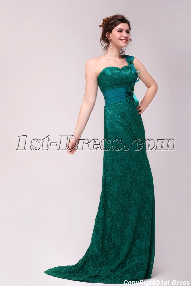 Elegant Green One Shoulder Lace Evening Dress with Train