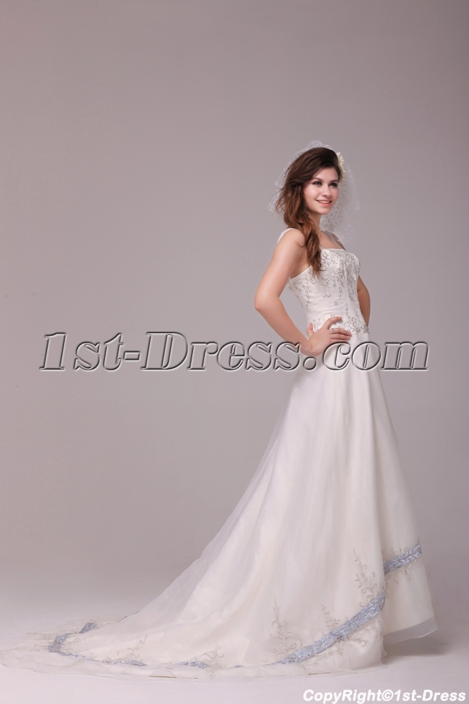 images/201312/big/Exquise-Straps-Embroidered-Organza-Wedding-Dress-with-Train-3840-b-1-1387532179.jpg