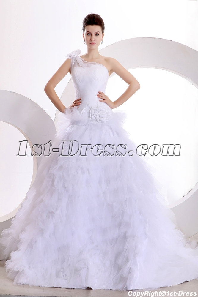 images/201312/big/Gorgeous-One-Shoulder-Ball-Gown-Wedding-Dresses-with-Flowers-3756-b-1-1386864960.jpg